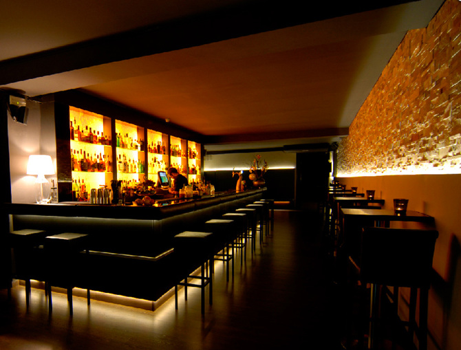Dise o interior bar musical - Diseno interiores barcelona ...